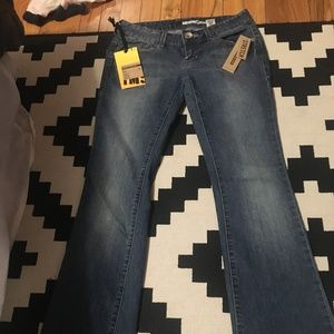 DKNY Times Square Boot jeans